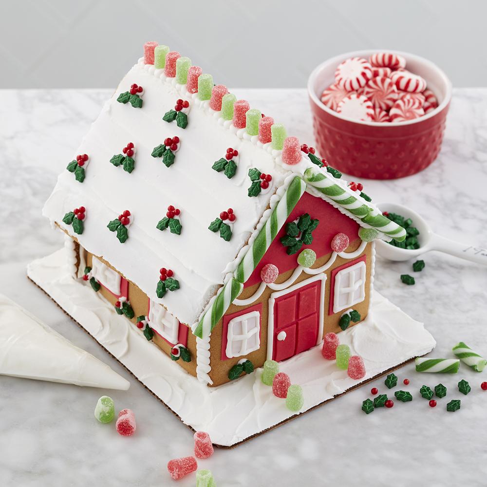 Wilton Ready-to-Decorate Gingerbread House Decorating Kit, Medium Traditional - Walmart.com