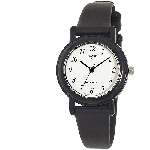 Casio Women's Classic Round Analog Watch, Black