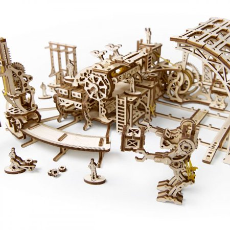 Robot Factory UGears 3D Wooden Unique Glue Free Eco Friendly Self Propelled Mechanical Model