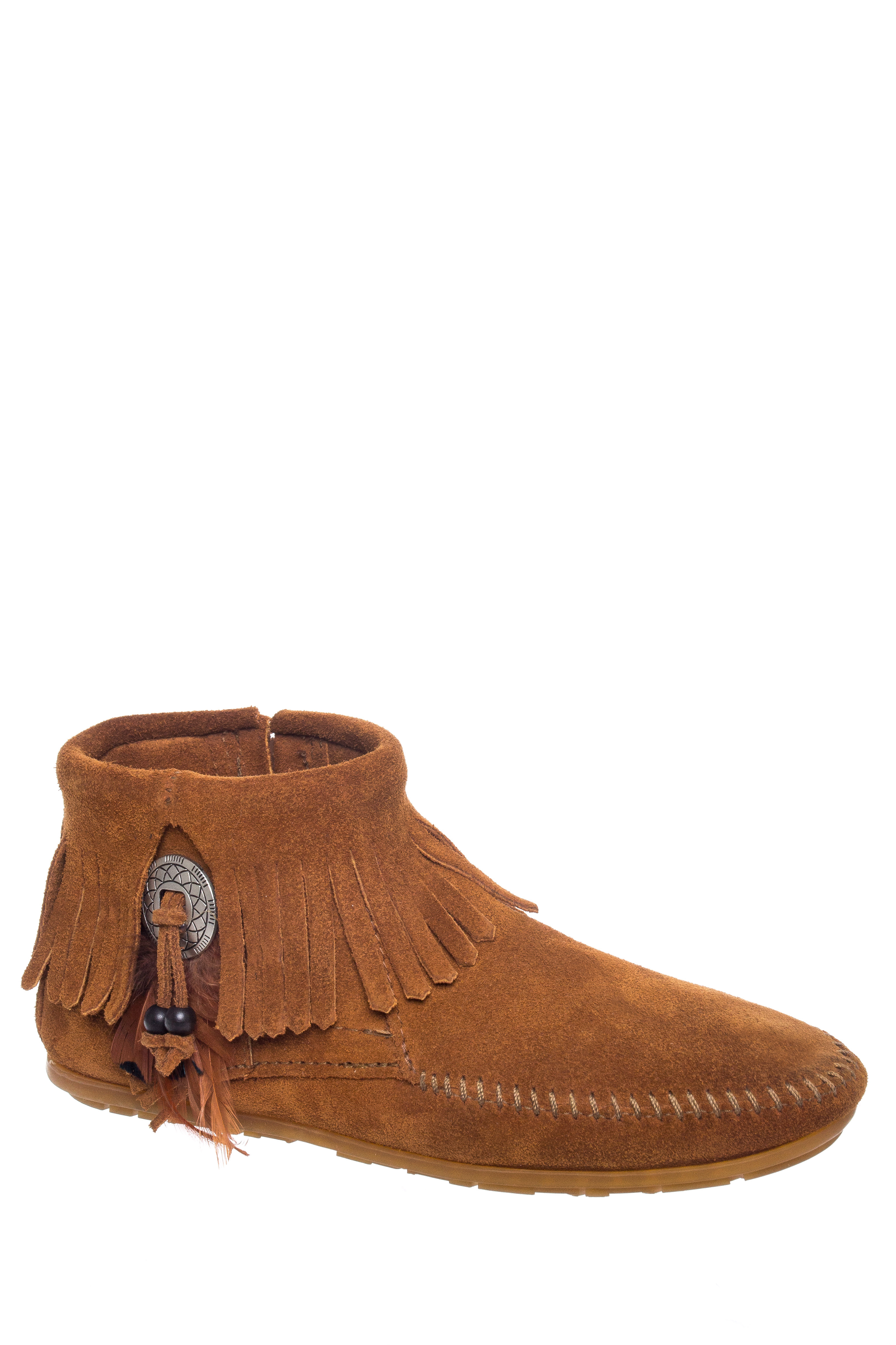 Minnetonka Concho Feather Boot Womens Style : 522 by