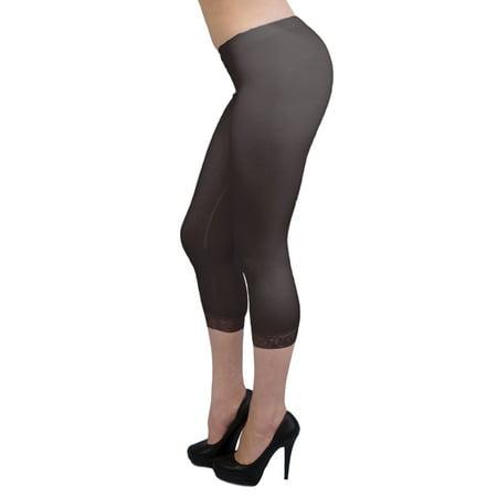 Vivian's Fashions Capri Leggings - Cotton, Lace Trim (Junior/Junior Plus - Lace Trim Capri Leggings