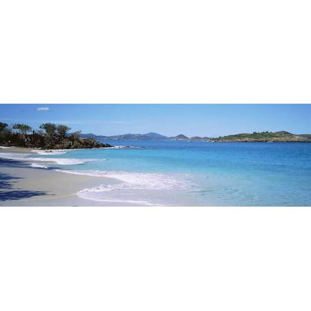 Waves Crashing on the Beach, Turtle Bay, Caneel Bay, St. John, US Virgin Islands Print Wall -