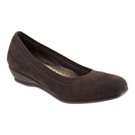 Womens Lansing Solid Slip On Wedge Heels