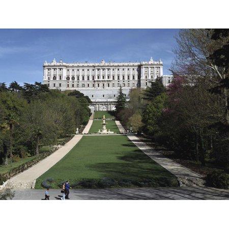 Palacio Real and Campo Del Moro, Madrid, Spain Print Wall Art By Peter Thompson (Conjuntos Del Real Madrid)