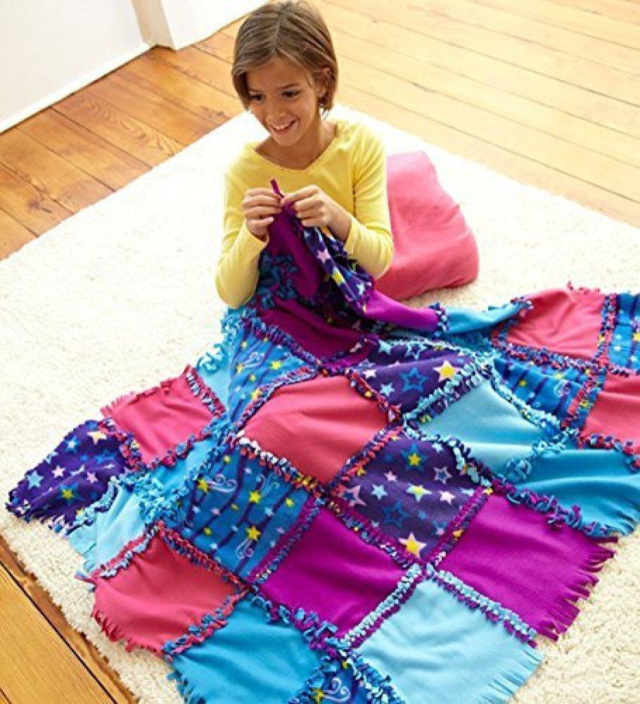 Fleece Starry Sky Knot-A-Quilt No Sew Craft Kit, Favorite...