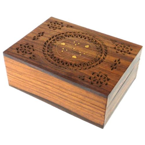 Global Crafts Handcrafted Carved Wood Box with Round Floral Design (India)