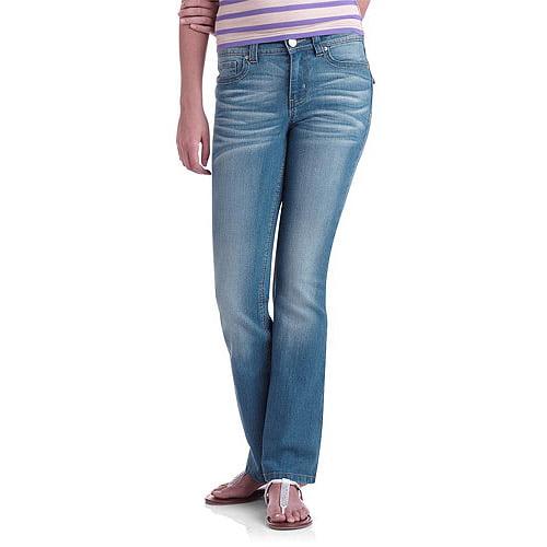 L.E.I. Juniors' Sophia Flare Jeans