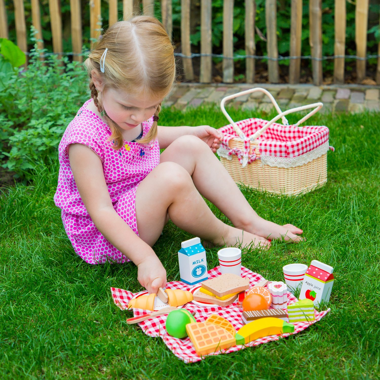 10590 27 Teile Schneideset Picknickkorb Kinderrollenspiele New Classic Toys