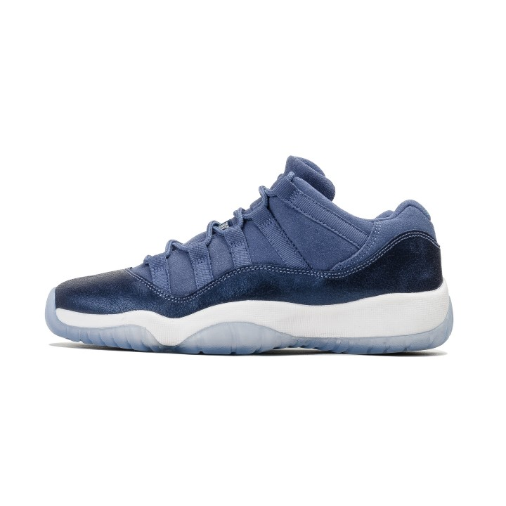 Air Jordan - Men - Air Jordan 11 Retro Low Gg (Gs)  Blue Moon  - 580521-408  - Size 9.5 67a26cdd4