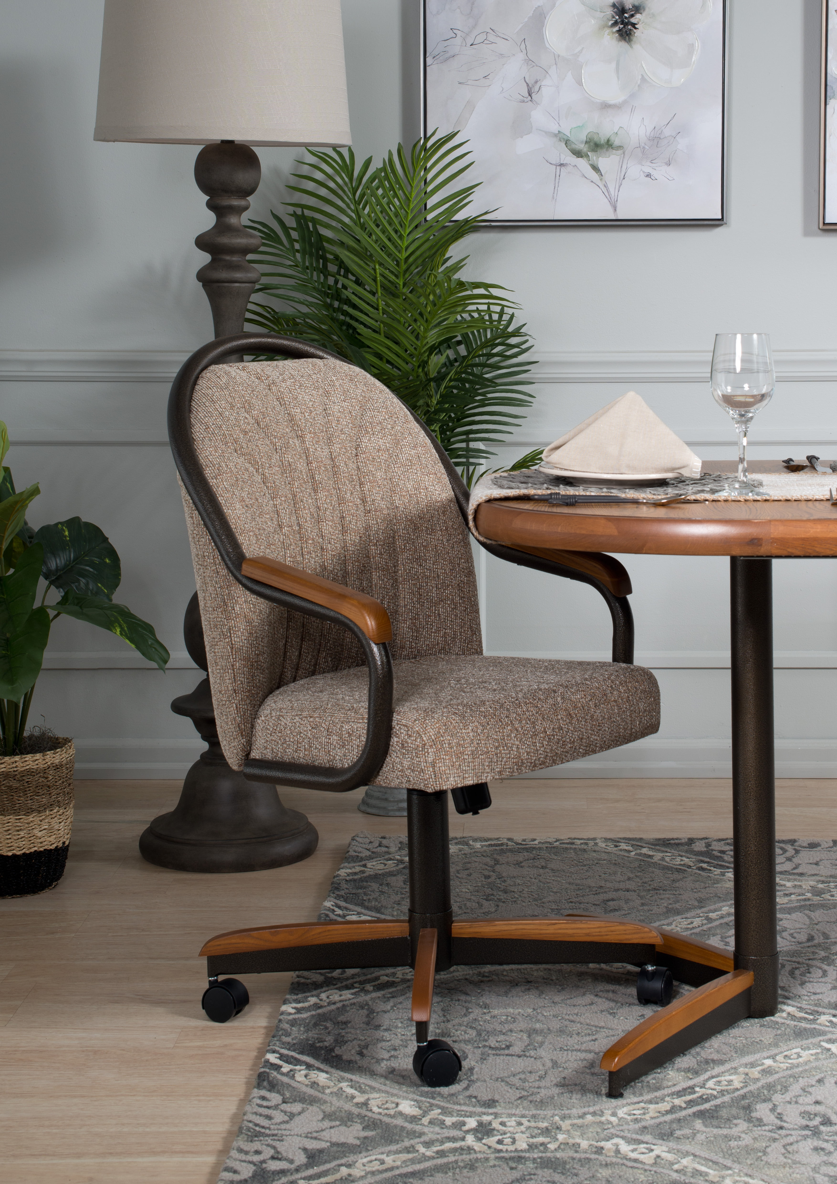 Caster Chair Tilt Rolling And Swivel, Fabric Dining Room Chairs With Casters