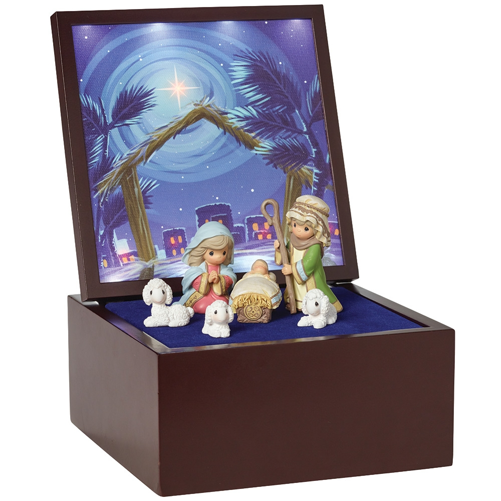 Precious Moments Heirloom Nativity Set Deluxe Music Box LED Stars Plays Silent Night 161106