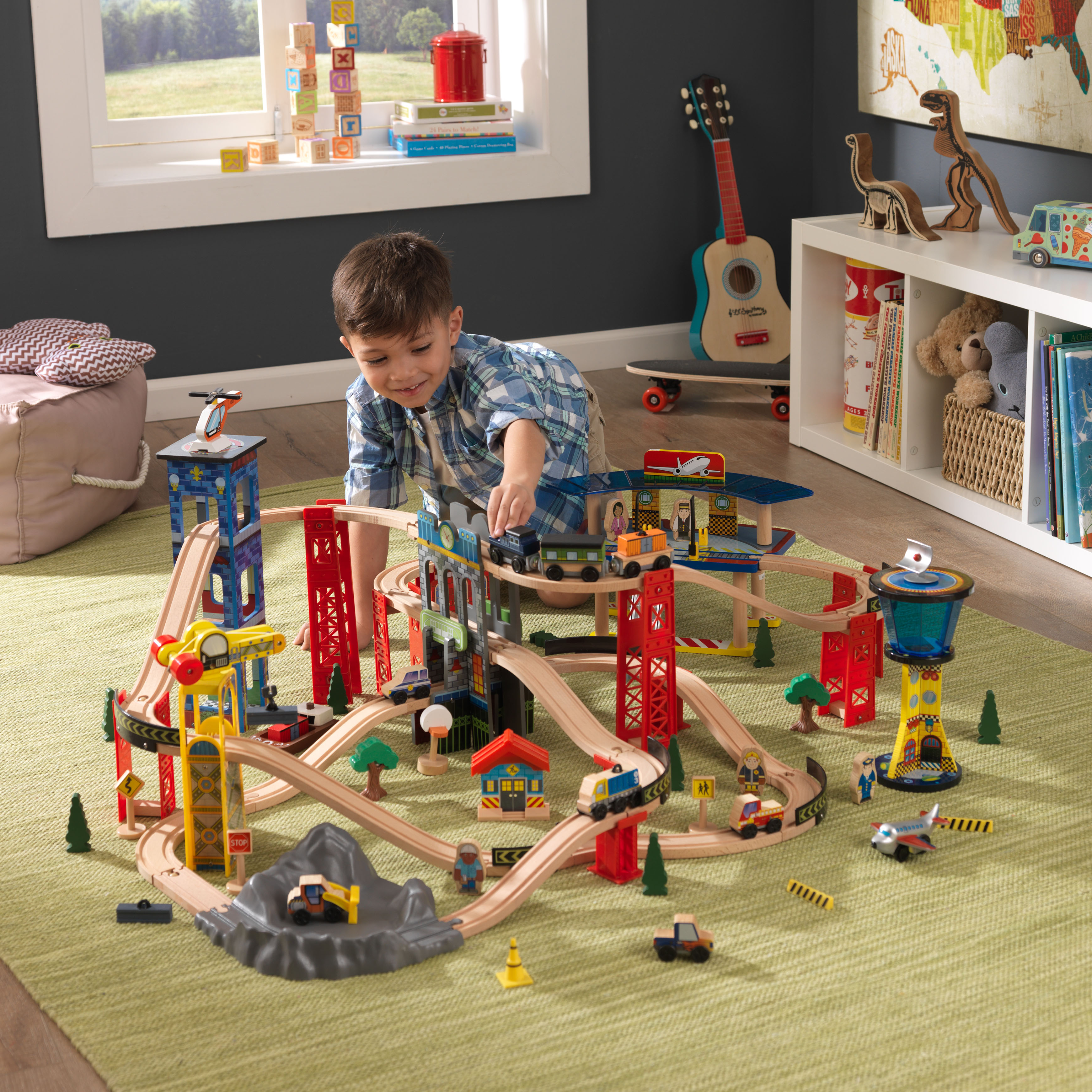 KidKraft Super Highway Train Set with 80+ accessories included by KidKraft