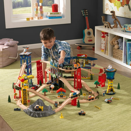 KidKraft Super Highway Train Set with 80+ accessories included (In Tree Train Set)