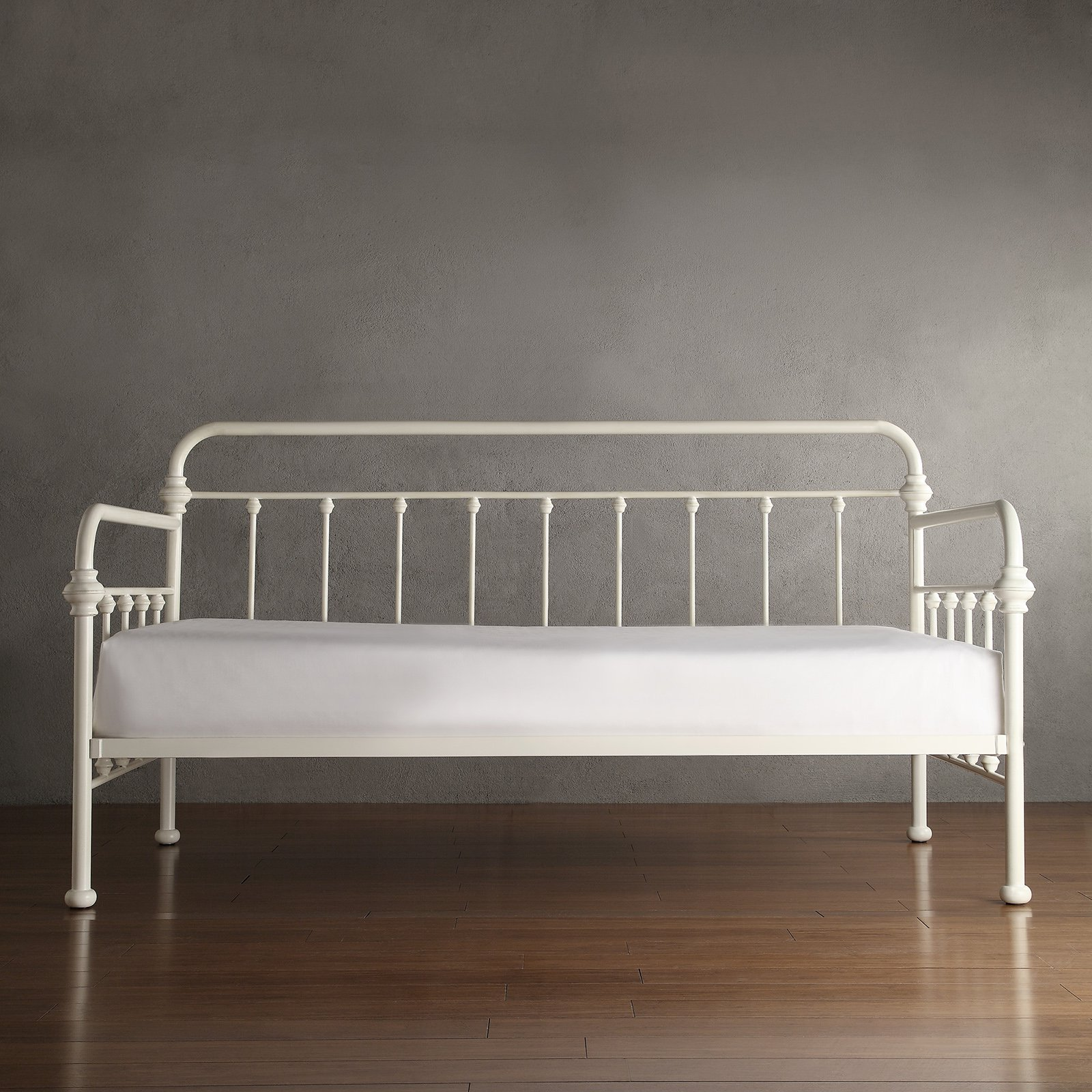 Weston Home Tadley Metal Daybed
