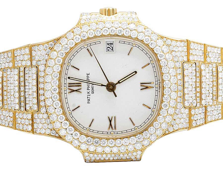 Patek Philippe Patek Philippe Nautilus 3800 001 with 17.5 Ct VS Diamond by