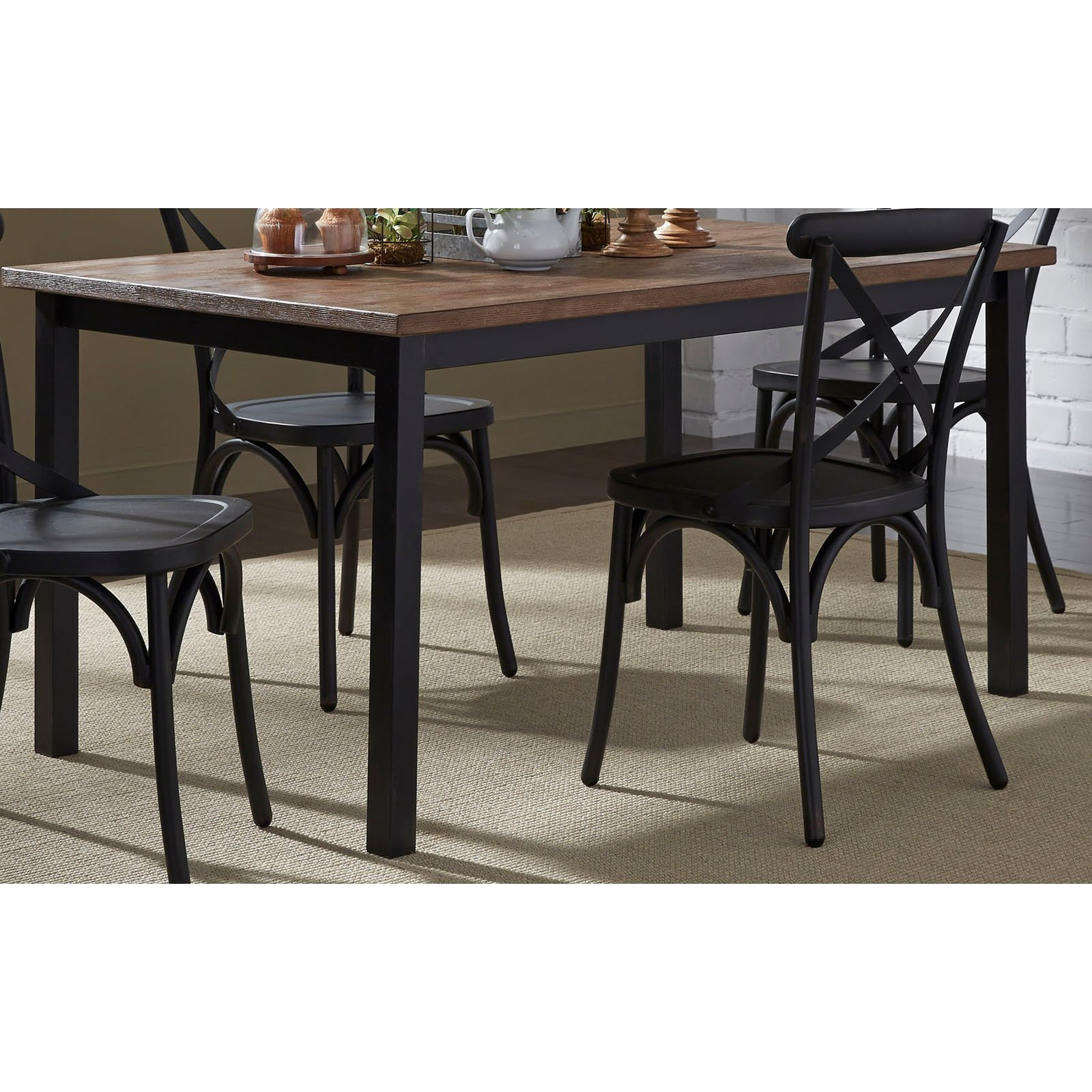 Liberty Furniture Industries Vintage Dining Series Rectangular Dining Table