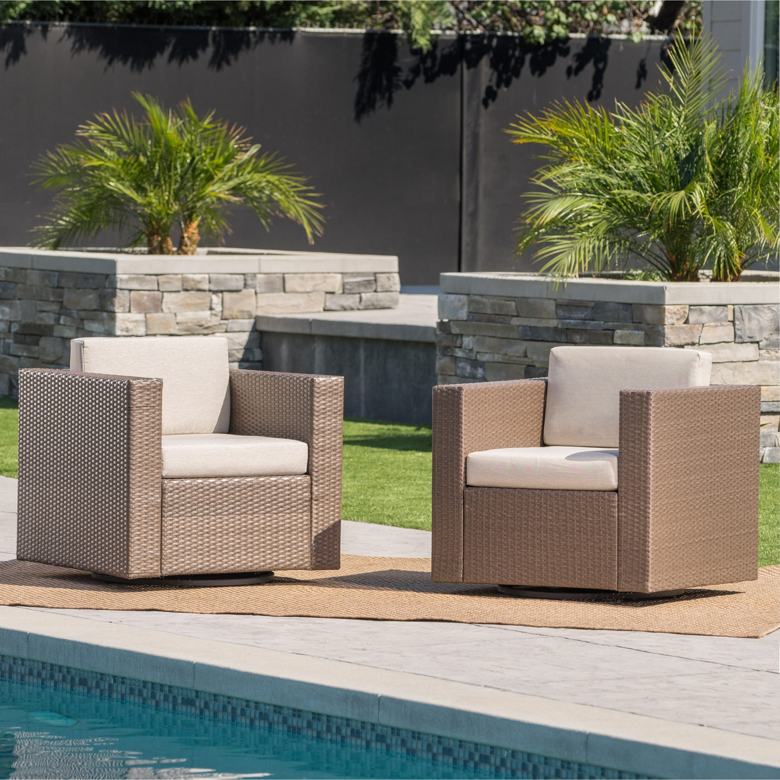 Christopher Knight Home Puerta Outdoor Wicker Swivel Club Chair with Cushions (Set of 2) by