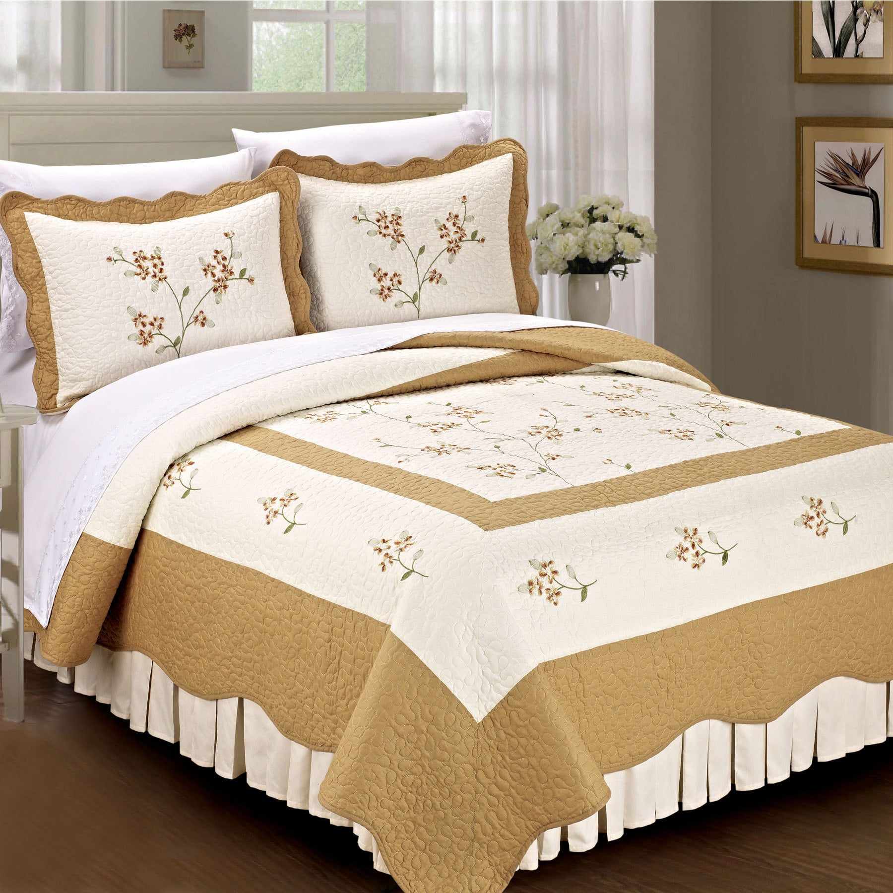 Serenta  Prewashed Classic Embroidery Hawaiian Flowers 3-piece 100-percent Cotton Quilt Set Gold King