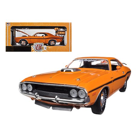 M2 Machines 1:24 Scale Orange 1970 Dodge Challenger R/T Diecast Car