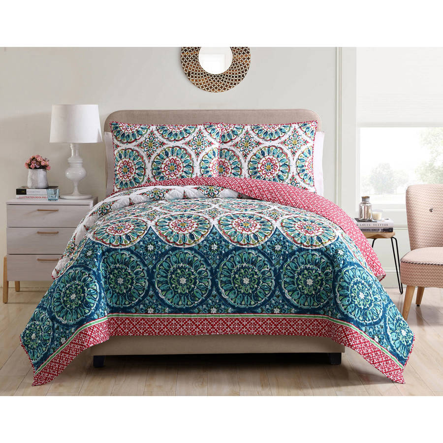 Beautiful Better Homes And Gardens Watercolor Medallion Bedding Quilt Collection