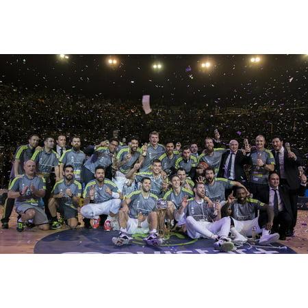 LAMINATED POSTER Champion Real Madrid Copa Del Rey Sport Corunna Poster Print 24 x 36 (Conjuntos Del Real Madrid)