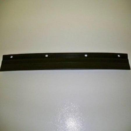 Snapper Snowblower Scraper Bar Replaces Snapper 28426, 24365 & 35948. Fits Model LE319. Length 18 1/2