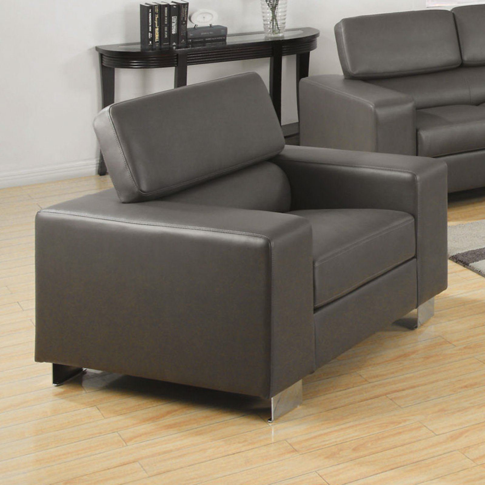 Furniture of America Lawrence Bonded Leather Match Chair