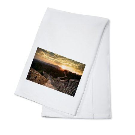 Great Wall of China - Sunset - Lantern Press Photography (100% Cotton Kitchen Towel) ()