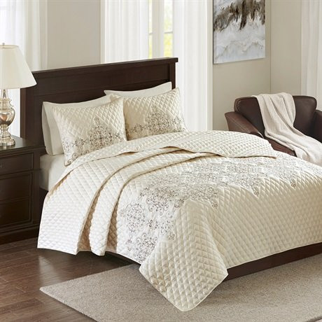 Madison Park Signature Constantine 3 Piece Coverlet Set A...