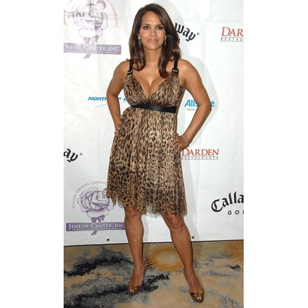 Halle Berry At Arrivals For Jenesse Silver Rose Gala & Auction Beverly Hills Hotel Beverly Hills Ca April 27 2008 Photo By David LongendykeEverett Collection