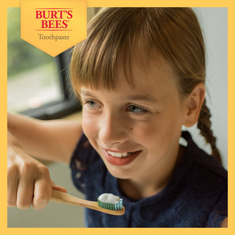 Burt S Bees Kids Toothpaste With Fluoride Fruit Fusion 4 2 Oz Walmart Com Walmart Com