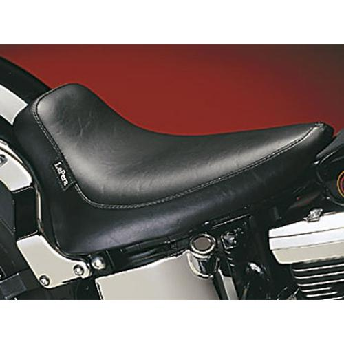 Le Pera Silhouette Solo Seat Smooth Bullet Fits 00-05 Harley-Davidson FXST Softail