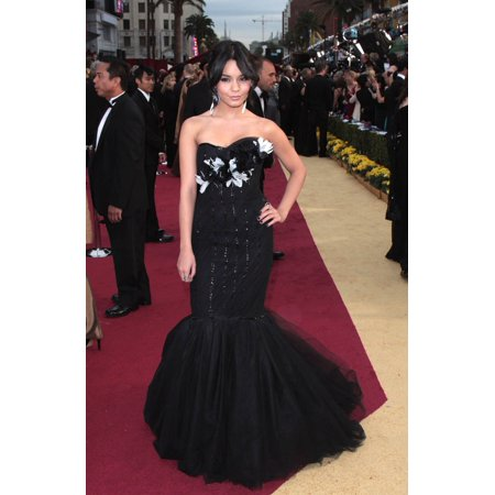 Vanessa Hudgens At Arrivals For 81St Annual Academy Awards - Arrivals Kodak Theatre Los Angeles Ca 2222009 Photo By James AmherstEverett Collection Celebrity - Vanessa Hudgens Halloween