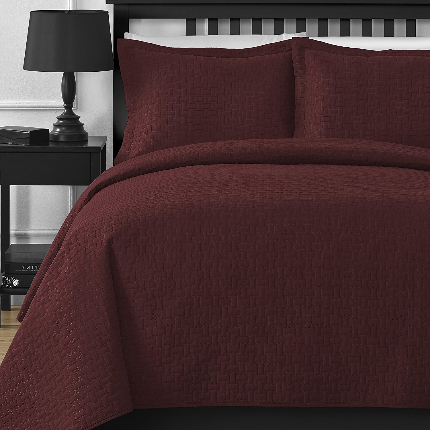 Extra Lightweight Staniey Collection Frame 3-piece Coverlet Set