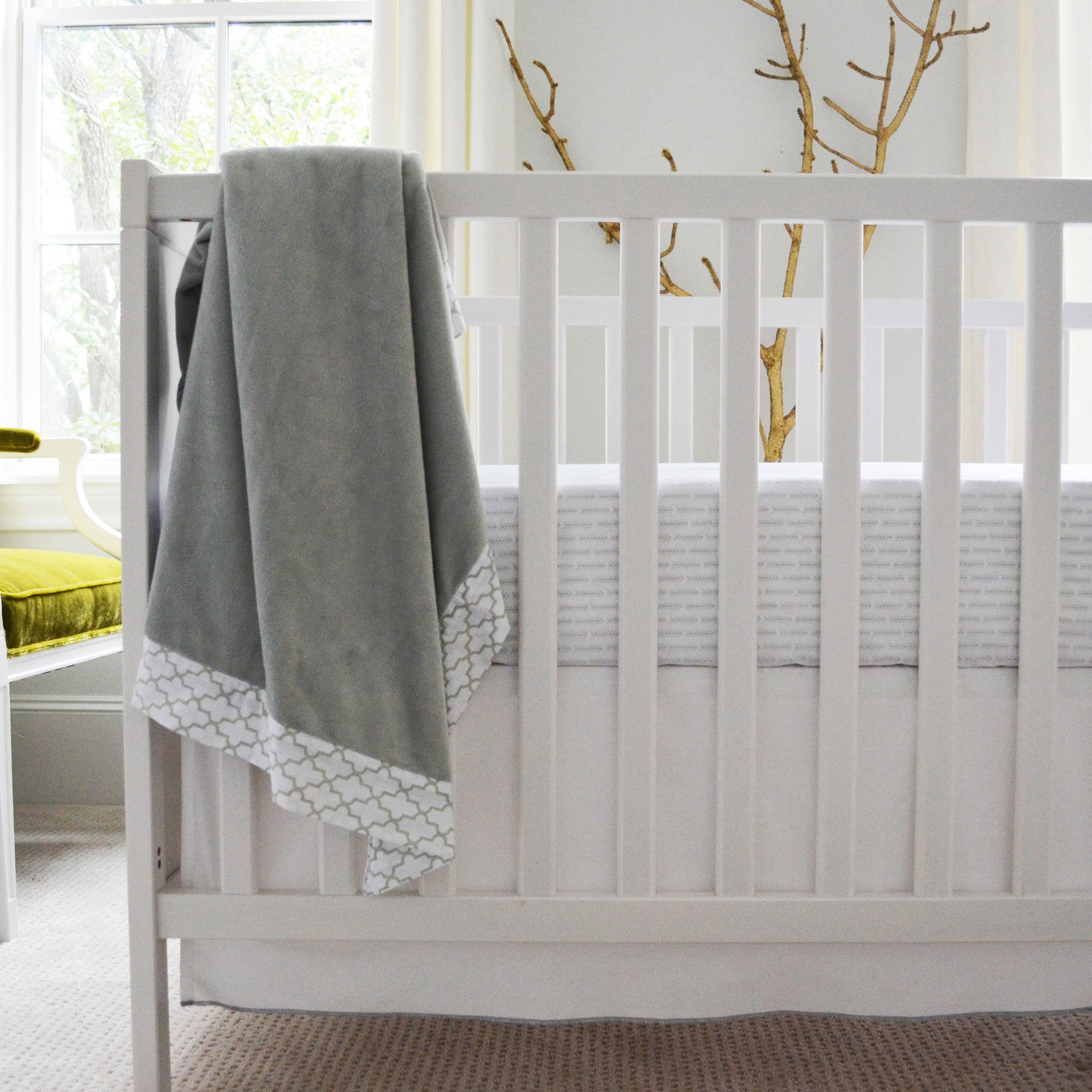 Owen & Ozzie 2-Piece Crib Bedding Set, Grey