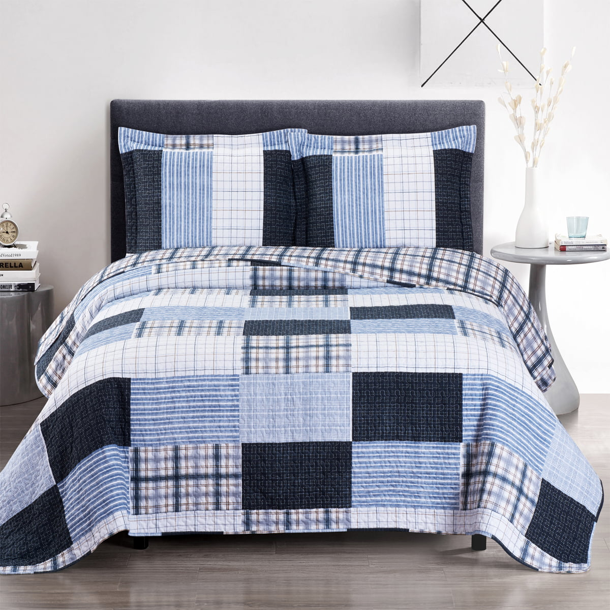 Zoe Oversize Coverlet Printed Patchwork Bed Quilt Set Wrinkle-Free & Easy Care Set by Royal Plaza Textiles, Inc.