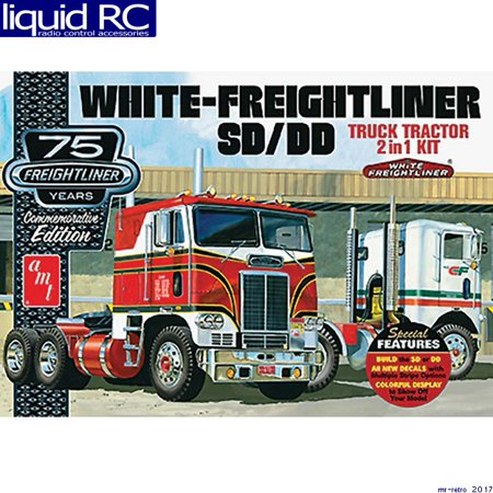 125 Tractor (AMT 1046 1/25 Freightliner 2-in-1 Single/Dual Tractor)