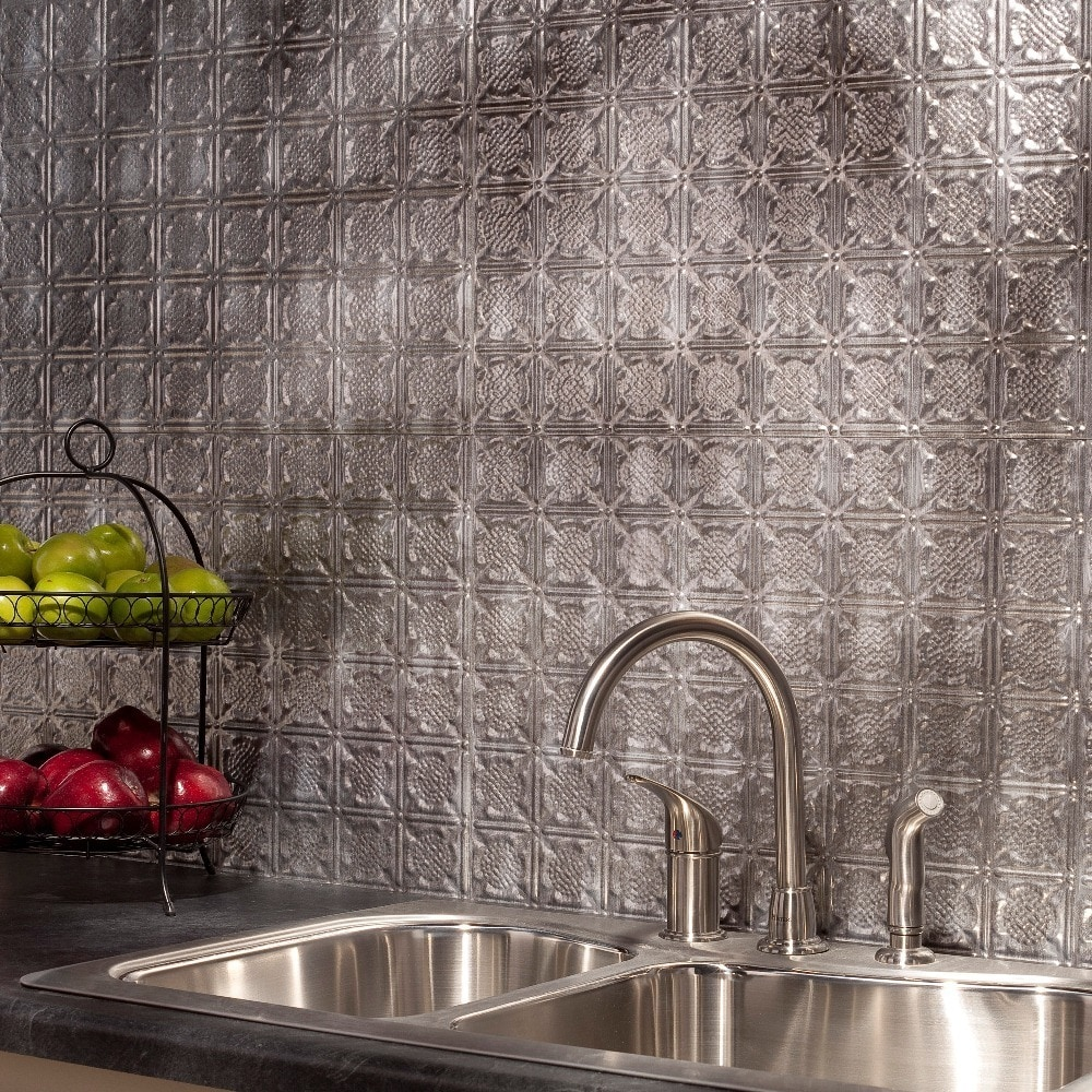 - Fasade Easy Installation Traditional 6 Crosshatch Silver