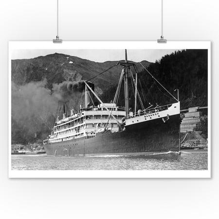 Juneau, Alaska - SS Baranof Leaving Port (9x12 Art Print, Wall Decor Travel