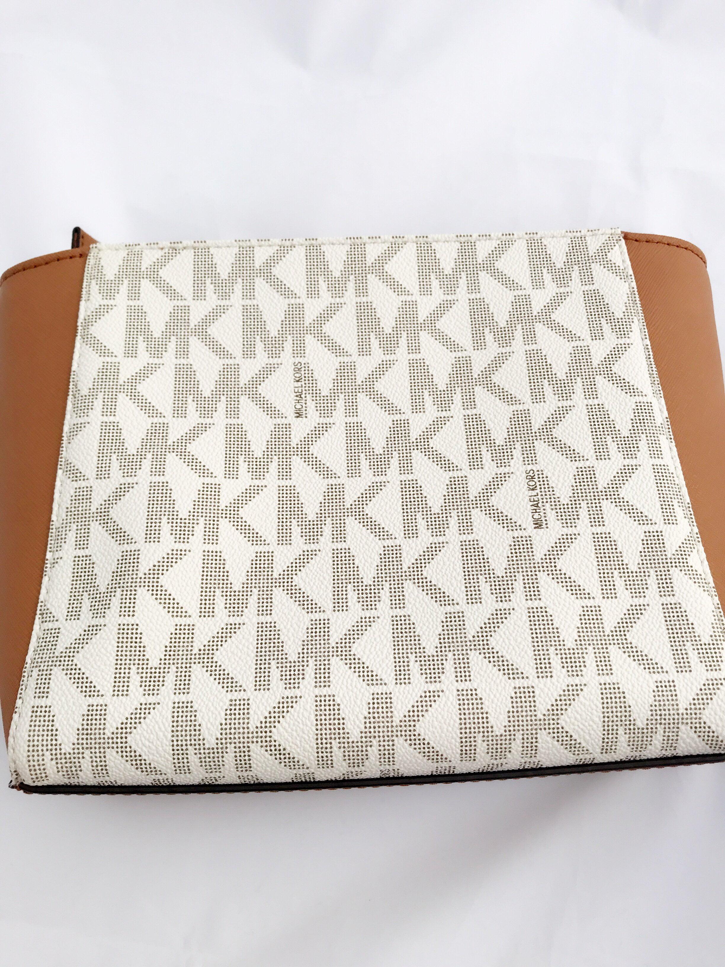 4863db929a34 Michael Kors - Michael Kors Hamilton Traveler Top Zip Small Crossbody  Vanilla Signature Acorn - Walmart.com