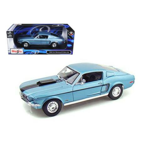 1968 Ford Mustang CJ Cobra Jet Blue 1/18 Diecast Model Car by Maisto ()