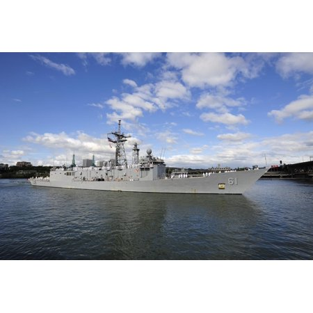 Canvas Print The guided-missile frigate USS Ingraham (FFG 61) arrives at the Tom McCall Waterfront Park in Portla Stretched Canvas 10 x 14