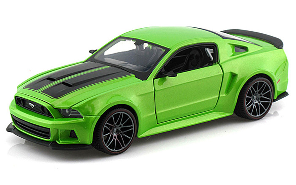 Ford Mustang Street Racer, Green Maisto 31506 1 24 Scale Diecast Model Toy Car by Maisto