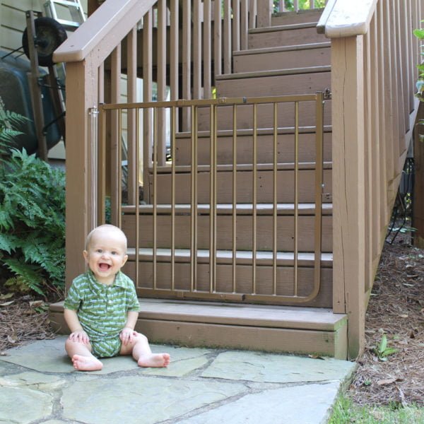 Cardinal Gates Stairway Special Outdoor Child Safety Gate Adjustable