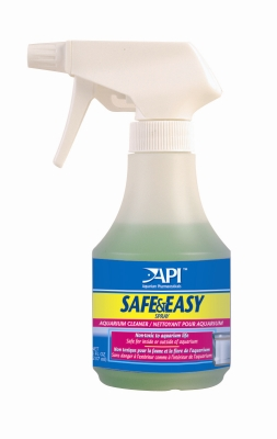 API Fishcare Safe & Easy AP04123 Spray Aquarium Cleaner, 8 oz Bottle by Mars Fishcare