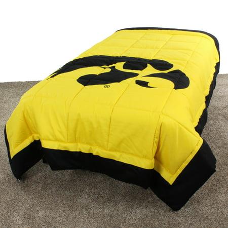 Iowa Hawkeyes 2 Sided Reversible Comforter, 100% Cotton Sateen, 86