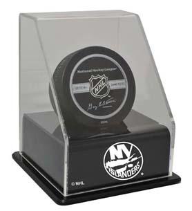 New York Islanders Single Hockey Puck Display Case with Angled Base