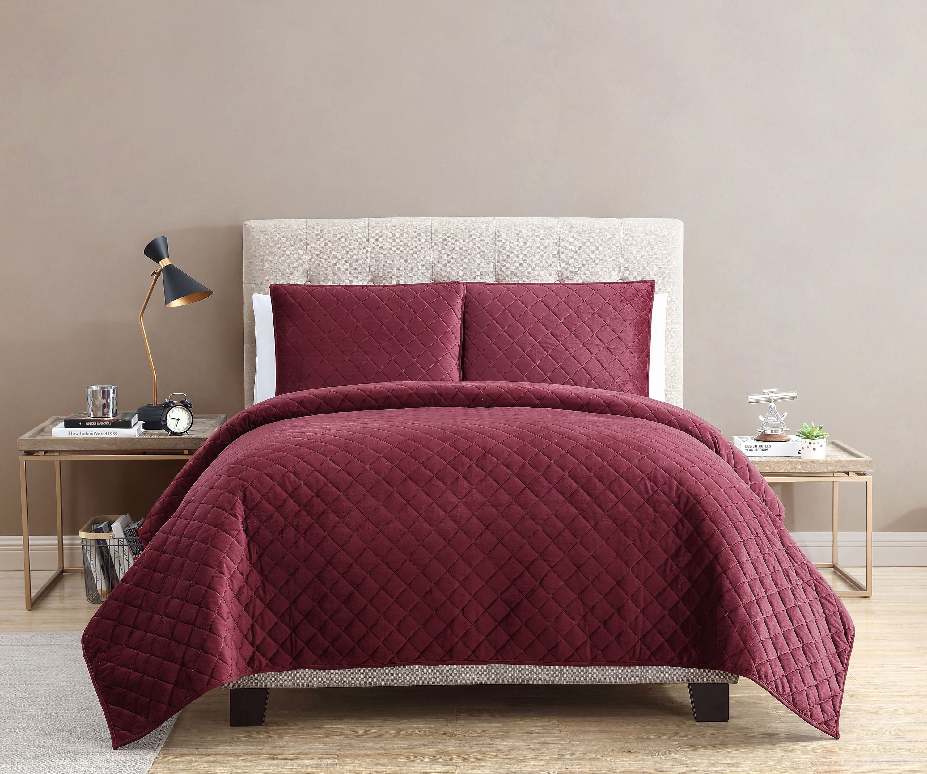 Mainstays Soft Plush Mink Velvet Red Quilt Collection