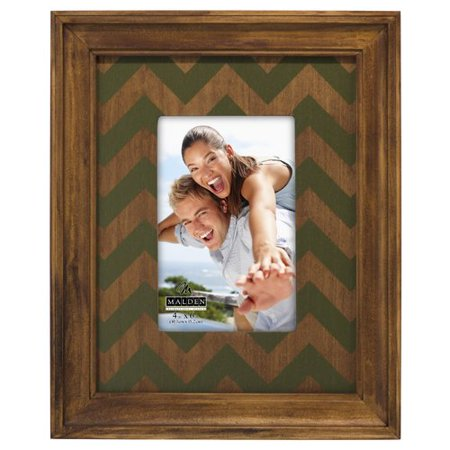 Malden Green and Walnut Chevron Mat Picture Frame