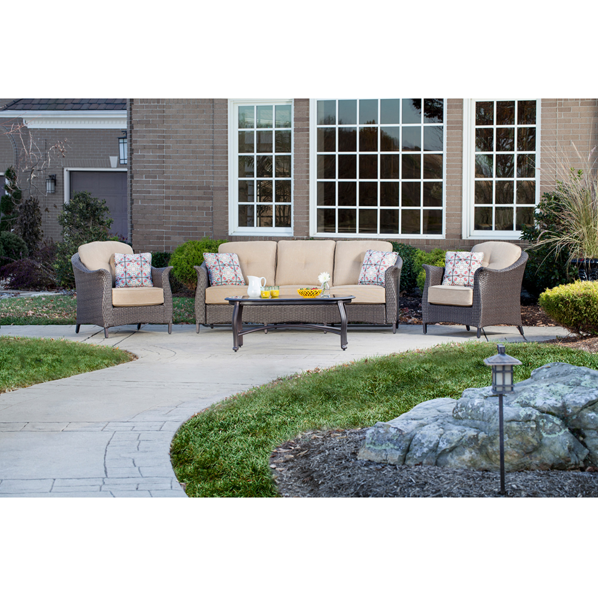 Hanover Gramercy 4-Piece Outdoor Wicker Conversation Set